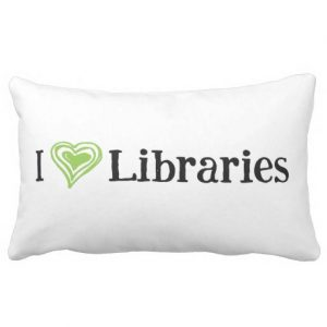 I [Heart] Libraries Pillow (green/black)