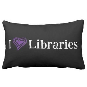 I [Heart] Libraries Pillow (purple/white)